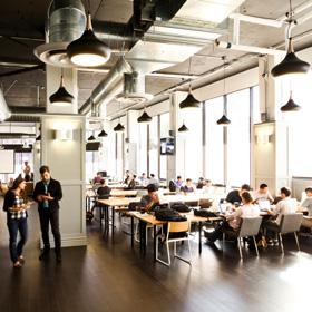 Coworking: condivisione di spazi lavorativi