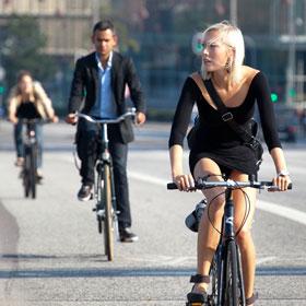 Tutti i suggerimenti per andare in ufficio in bici