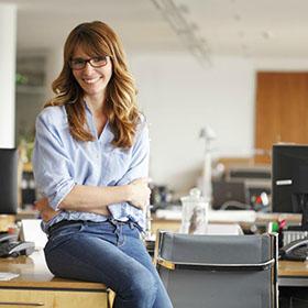 Si possono mettere i jeans in ufficio oppure no?