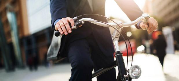 Al lavoro in bicicletta