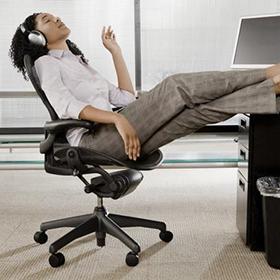 Quali sono gli effetti della musica in ufficio